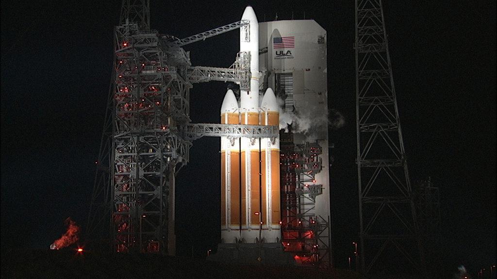 Ula Delta IV I rëndë në kompleksin e nisjes së hapësirës 37.